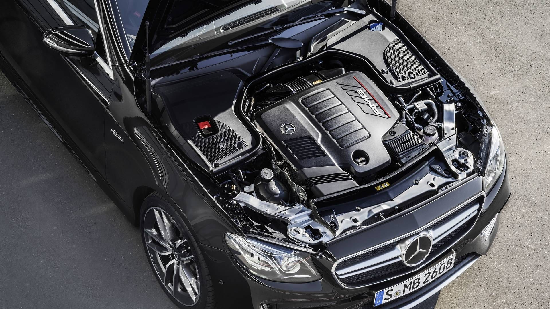 Mercedes-AMG E 53 4Matic+ Coupe/Cabriolet