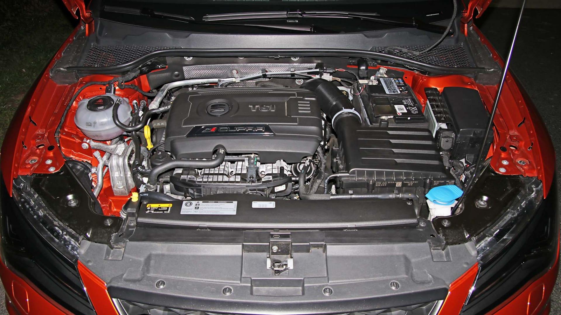100-200 km/h: Seat Leon ST Cupra 300   wikiCARS