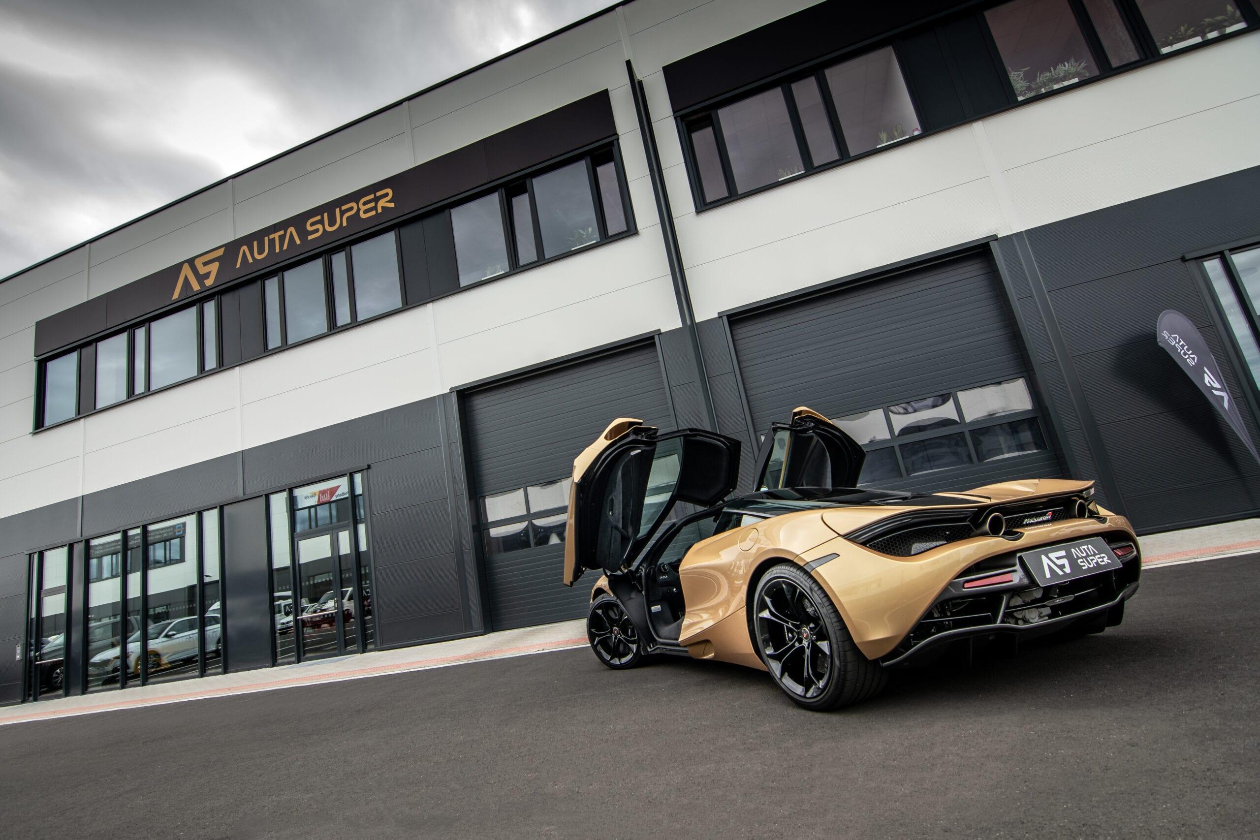 McLaren 720e