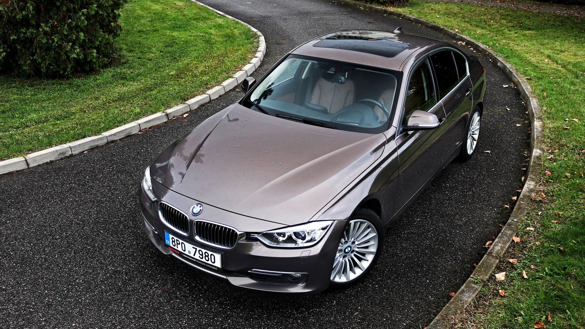 BMW 330d F30