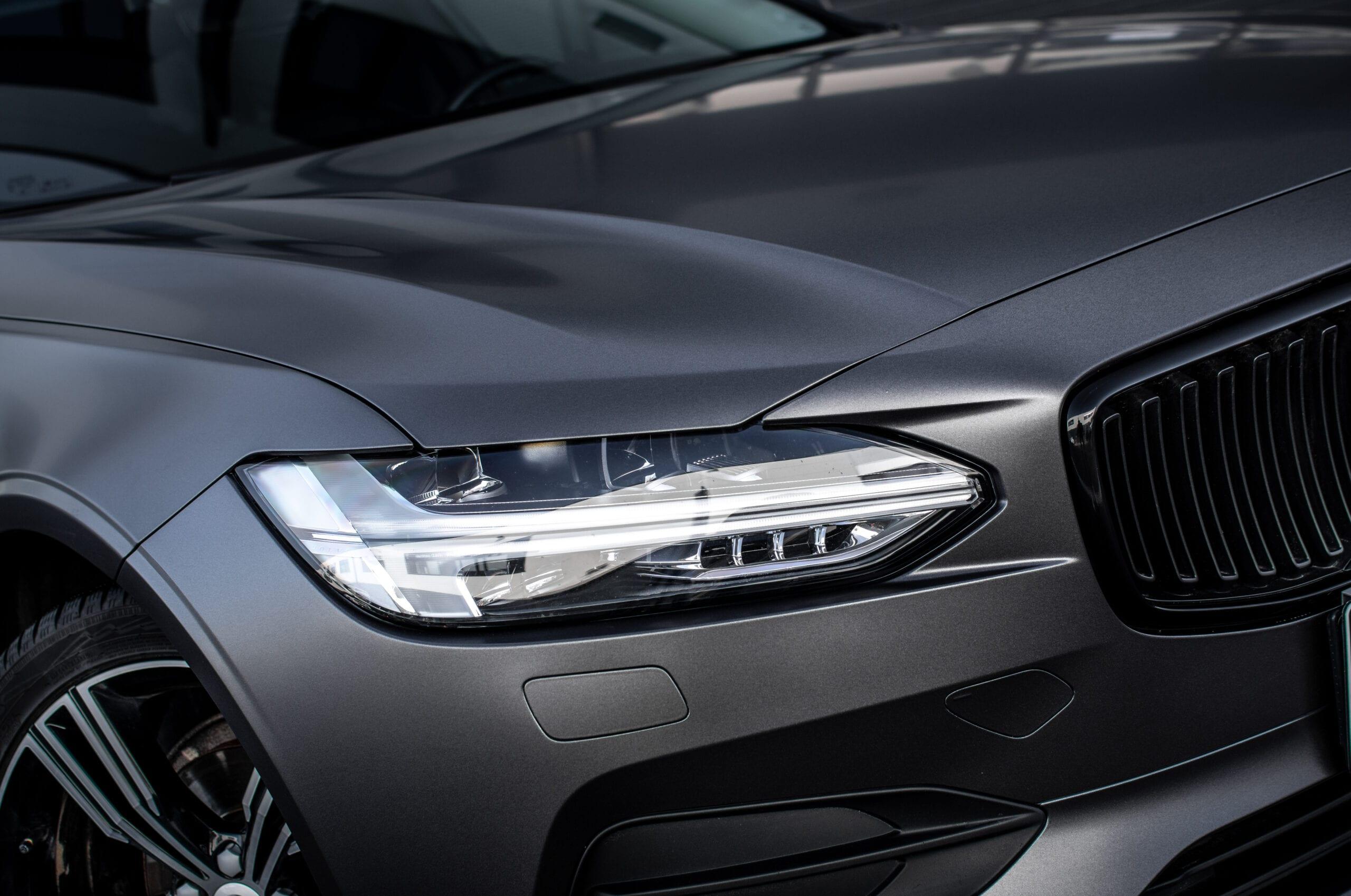 Volvo V90 světlo