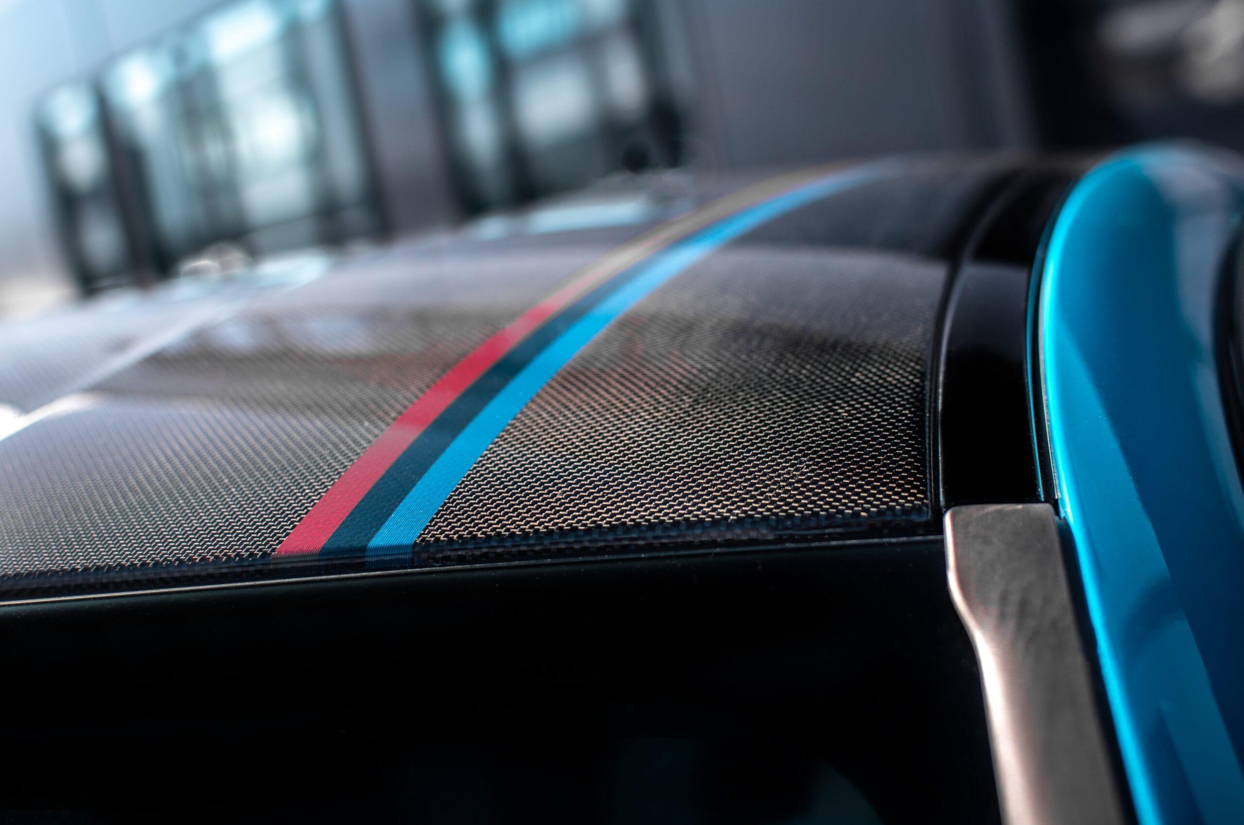 BMW M4 Edition ///M Heritage karbonová střecha