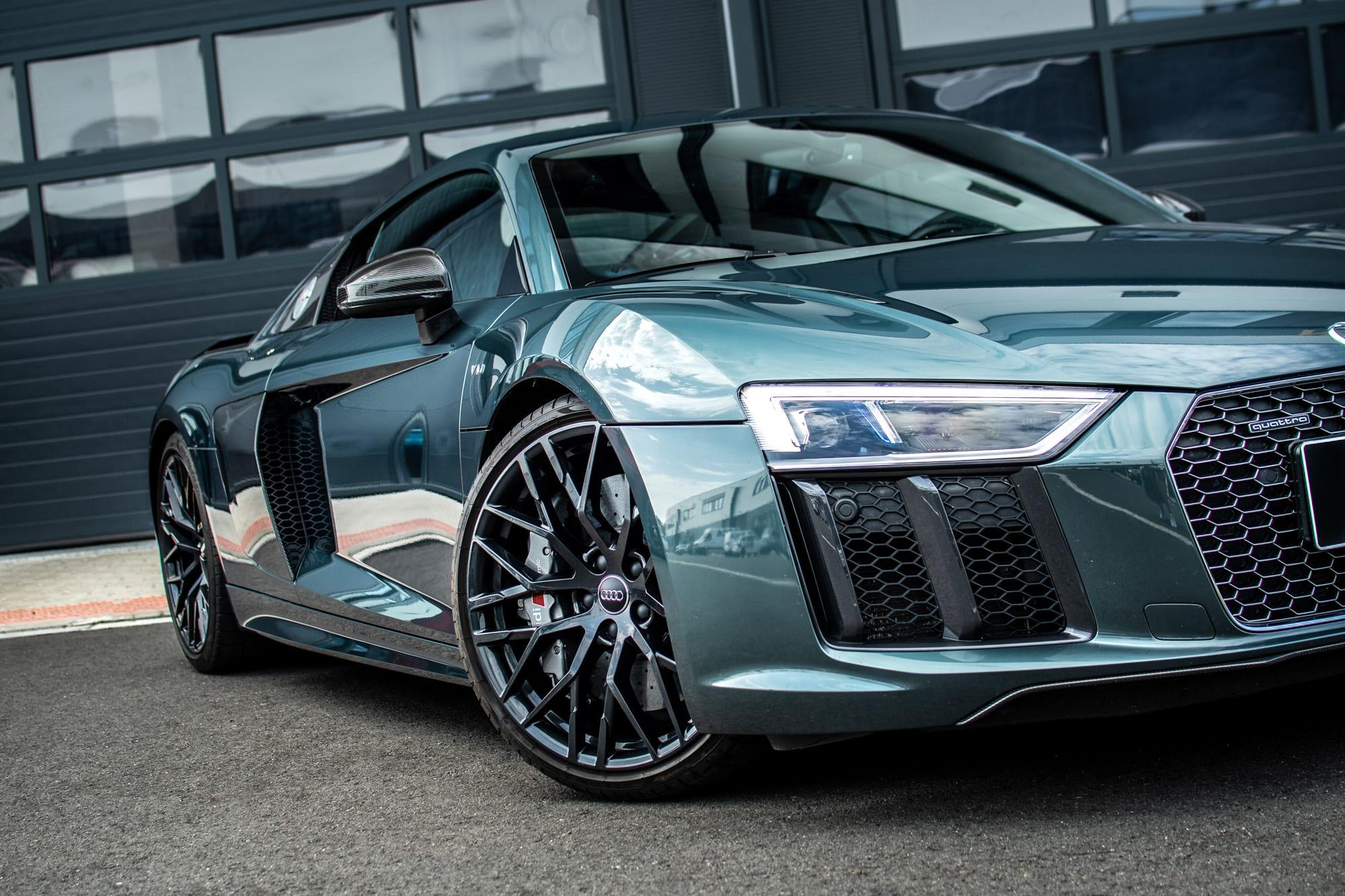 Audi R8 - původní stav před polepem