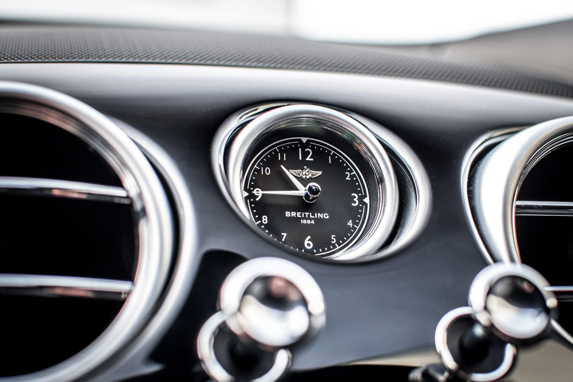 Bentley Continental GT interiér